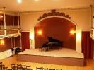 04 Η σκηνή της αίθουσας συναυλιών της Φιλαρμονικής Εταιρίας Ωδείο Πατρών