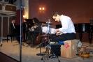01 Σύνολο Vega. Χρήστος Τσαντούλης - πιάνο, Γιάννης Παναγιωτόπουλος - cumbus, Γιάννης Τσεντούρος - κρουστά (16-03-2012)